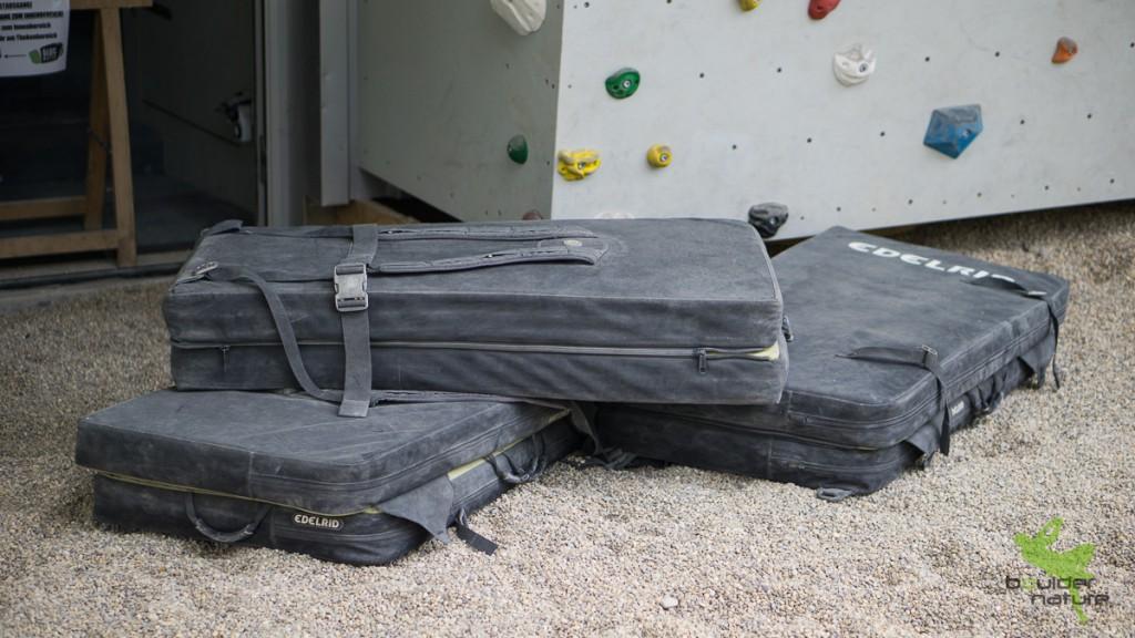Bouldermatten mit Rucksackhalterung